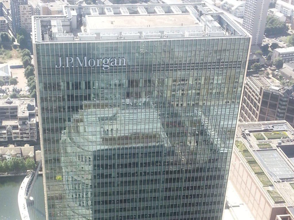 акции JPM онлайн